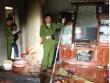 Uống rượu về bị vợ cằn nhằn, chồng đổ xăng đốt nhà