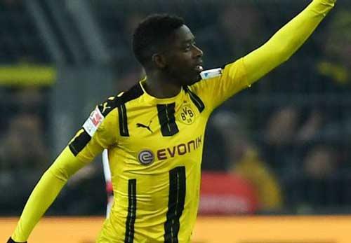 Dortmund - Augsburg: Sự hoàn hảo không trọn vẹn - 1