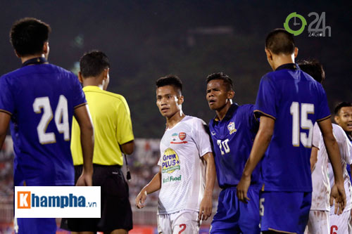 Bị Thái Lan chơi xấu, Công Phượng - Văn Toàn được bảo vệ - 7