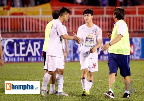 Bị Thái Lan chơi xấu, Công Phượng - Văn Toàn được bảo vệ - 10