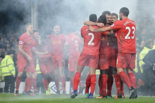 """NHA và chặng """"Tourmalet"""": Chelsea sướng, Liverpool khổ - 2"""