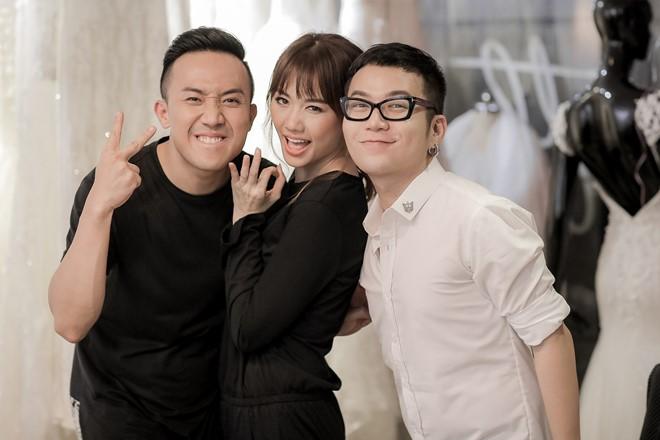 Tiết lộ về 2 chiếc váy cưới bí mật của Hari Won - 4