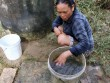 Thiếu nước sạch, dịch bệnh bủa vây người dân vùng lũ