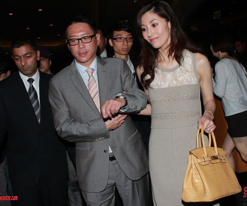 """Hoa hậu đẹp nhất Hong Kong """"sướng như tiên"""" - 5"""