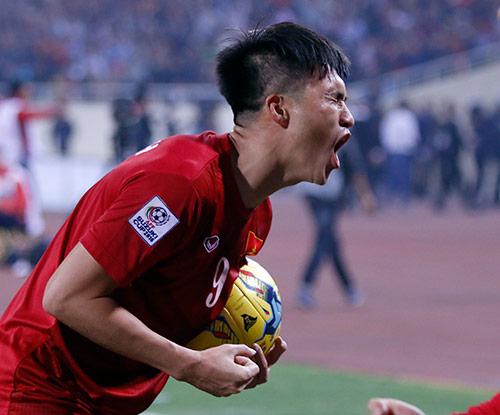Công Vinh làm sếp CLB V-League: Háo hức chờ ra mắt - 2