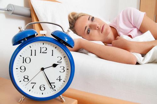 Mất ngủ: Cách khoa học để bỏ thuốc Tây mà vẫn ngủ được 7 giờ/đêm - 2