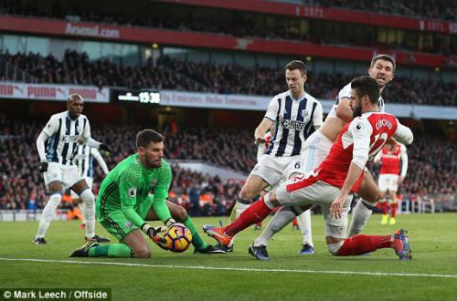 """Arsenal - West Brom: Vỡ òa vì """"cái đầu vàng"""" - 1"""