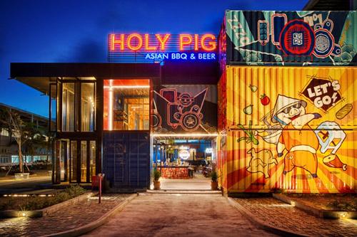 Đập hộp nhà hàng container siêu khủng Holy Pig tại Đà Nẵng - 1