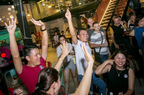 Đập hộp nhà hàng container siêu khủng Holy Pig tại Đà Nẵng - 11