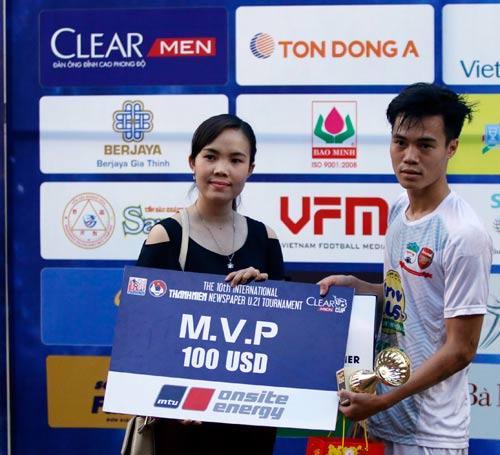 Văn Toàn: Bàn thắng vàng và trải nghiệm khó quên ở giải U21 - 10