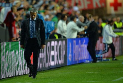 MU thăng hoa, Mourinho giải nỗi oan khuất ở Chelsea - 2