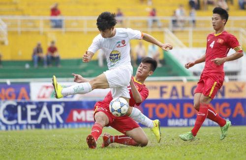 Điều bất ngờ của HLV U21 Yokohama dành cho U21 HAGL - 2