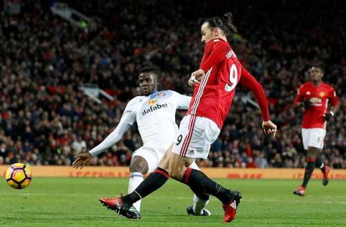 Ibrahimovic: Vua & huyền thoại ở MU, ngôi sao năm 2016 - 1