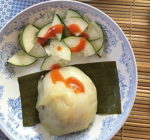 Bánh giò nhân thịt nóng hổi, siêu ngon cho bữa sáng - 6