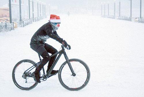 Liều lĩnh & điên rồ: Đua xe đạp ở -40 độ C - 3