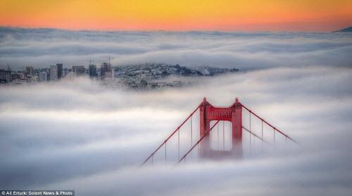 Những thành phố mù sương đẹp ma mị trên thế giới - 2