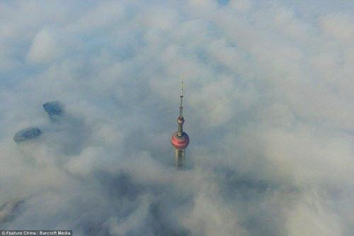 Những thành phố mù sương đẹp ma mị trên thế giới - 4