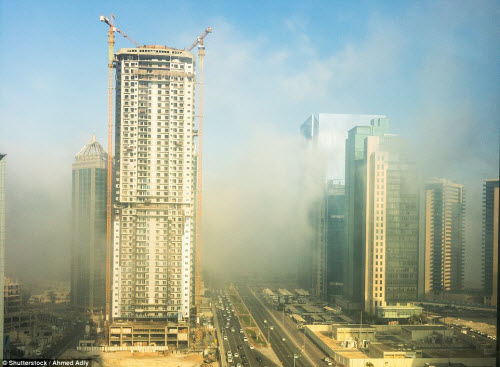 Những thành phố mù sương đẹp ma mị trên thế giới - 12