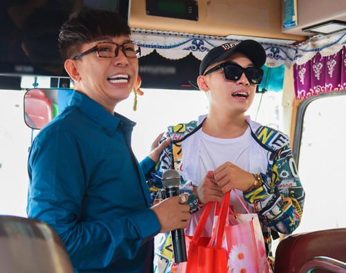 Hà Hồ đóng phim hài Tết cùng vợ Trấn Thành - 4
