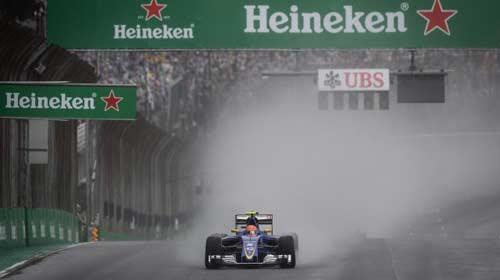 """""""Phần còn lại"""" F1 2016: Red Bull xát muối Ferrari - 2"""