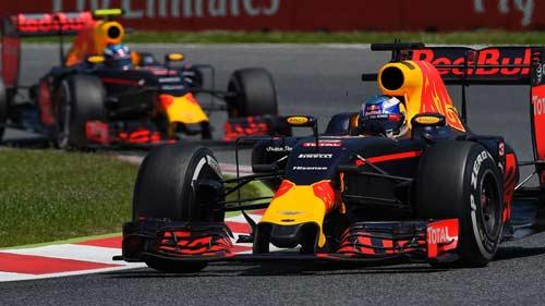"""""""Phần còn lại"""" F1 2016: Red Bull xát muối Ferrari - 3"""