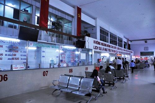 Người dân đổ về quê ăn Tết, Sài Gòn bất ngờ không kẹt xe - 11