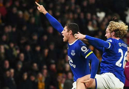 Hull - Everton: Hai lần rượt đuổi & một cú sốc hụt - 1