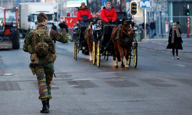 Phương Tây lo ngại khủng bố khi đón năm mới 2017 - 2