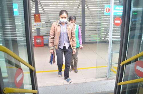 Chủ tịch Hà Nội trải nghiệm buýt nhanh ngày khai trương - 5