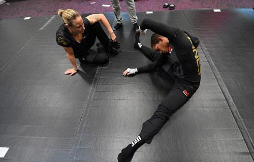 Chi tiết Ronda Rousey - Amanda Nunes: Tấn công vũ bão (KT) - 6
