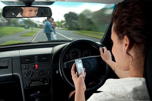 Từ 1.1.2017, hàng loạt lỗi vi phạm giao thông bị phạt nặng lái xe cần chú ý - 1