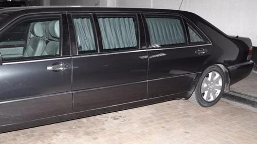 """Siêu xe chống đạn của Tổng thống Putin rao bán giá """"khủng"""" - 2"""