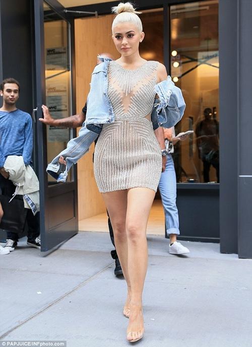 Đây là người đẩy Kylie Jenner lên đỉnh cao Hollywood - 3