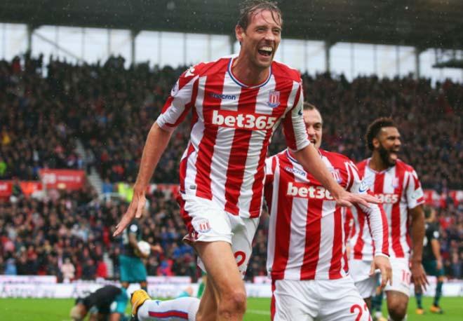 Stoke - Southampton: Siêu anh hùng cao kều - 1