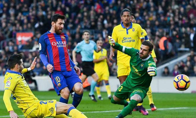 """Barcelona - Las Palmas: Messi """"nghiện"""" ghi bàn, hủy diệt tý hon - 2"""