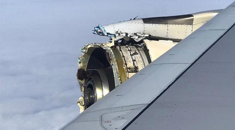 Máy bay chở khách Pháp đang bay thì động cơ phát nổ - 1