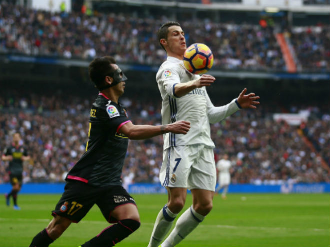 """Real Madrid - Espanyol: Ronaldo """"mở hàng"""", giải hạn sân nhà - 2"""