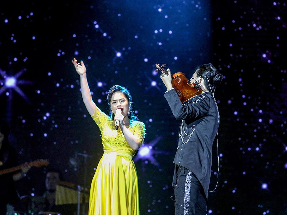 Nghệ sĩ Violin Anh Tú khiến fan mê đắm nhạc phim Hàn - 2
