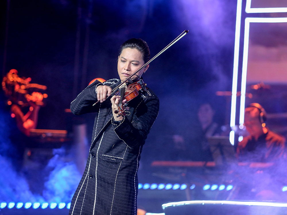 Nghệ sĩ Violin Anh Tú khiến fan mê đắm nhạc phim Hàn - 6