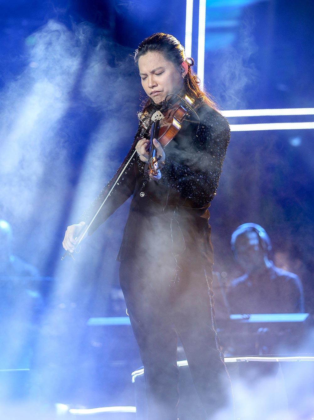 Nghệ sĩ Violin Anh Tú khiến fan mê đắm nhạc phim Hàn - 8