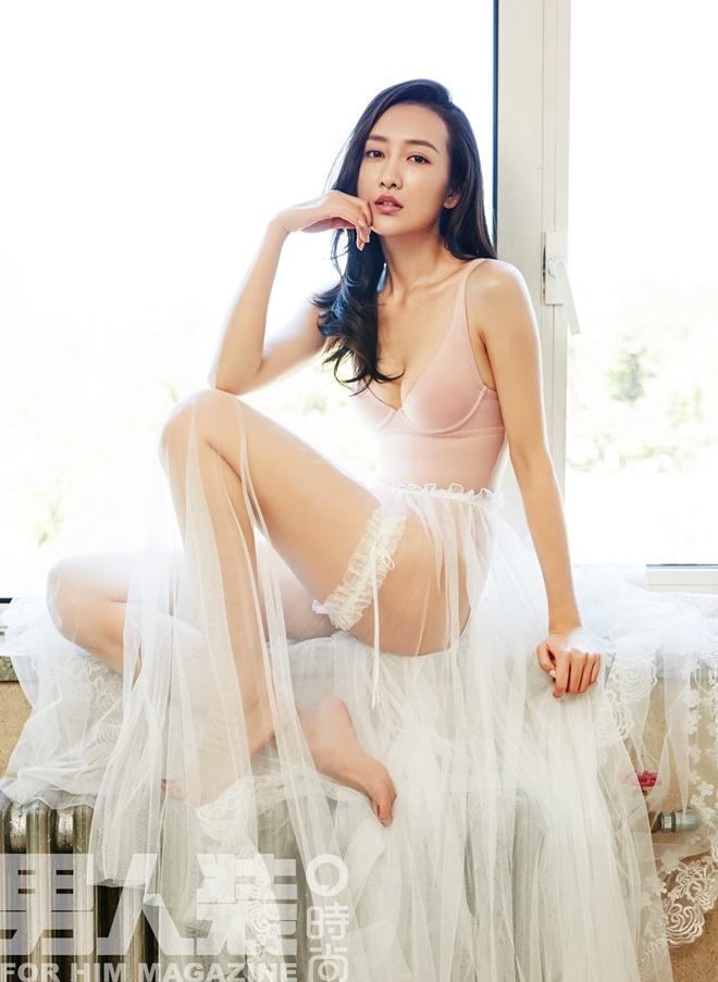 """Đời thực của mỹ nữ được chồng Dương Mịch """"gõ cửa lúc nửa đêm"""" - 2"""