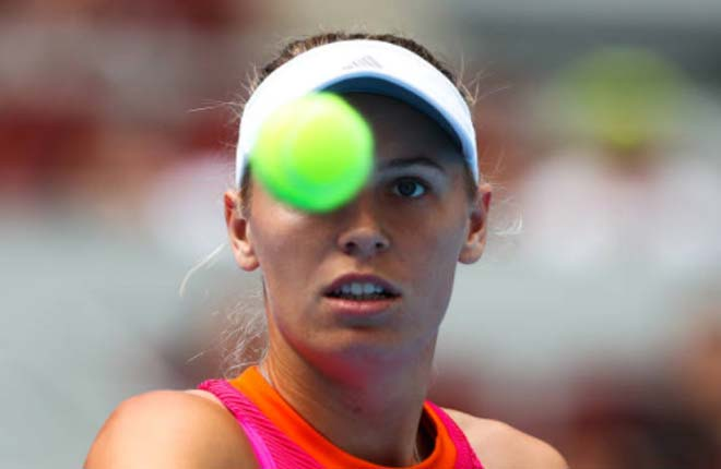 China Open 1/10: Wozniacki loạng choạng gặp chủ nhà - 1