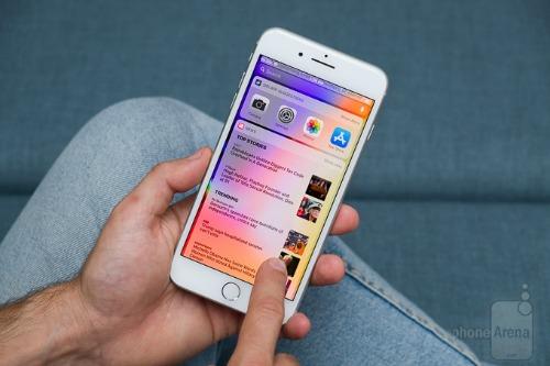 Đánh giá iPhone 8 Plus: Mạnh mẽ, nhưng... lạc hậu - 1