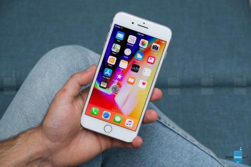 Đánh giá iPhone 8 Plus: Mạnh mẽ, nhưng... lạc hậu - 5