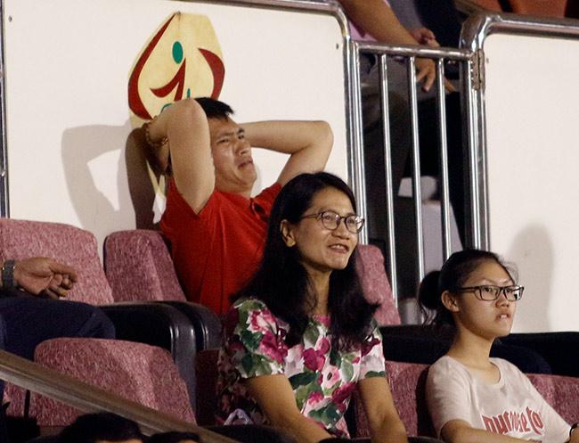 """Sếp Công Vinh khóc thét với """"Lukaku của V-League"""" - 9"""