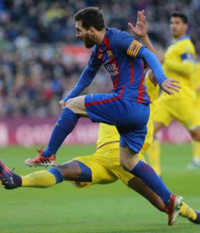 Chi tiết Barcelona - Las Palmas: Suarez mừng hụt cuối trận (KT) - 11