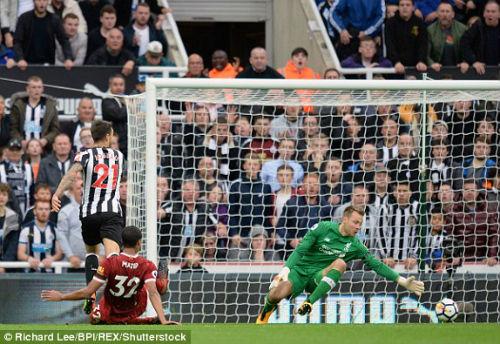 Chi tiết Newcastle - Liverpool: Nỗ lực vô vọng (KT) - 8