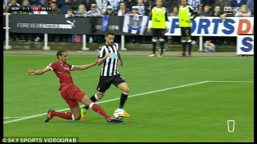 Chi tiết Newcastle - Liverpool: Nỗ lực vô vọng (KT) - 6