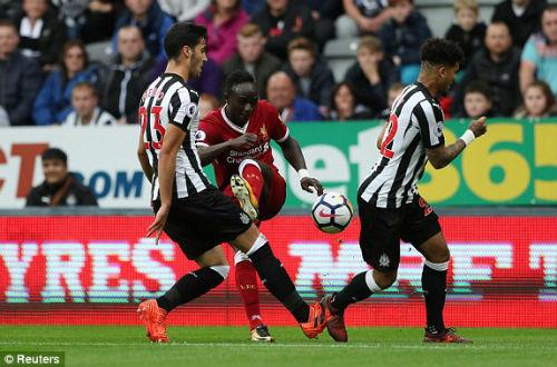 Chi tiết Newcastle - Liverpool: Nỗ lực vô vọng (KT) - 11