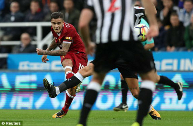 Newcastle - Liverpool: Sai lầm che mờ siêu phẩm - 1